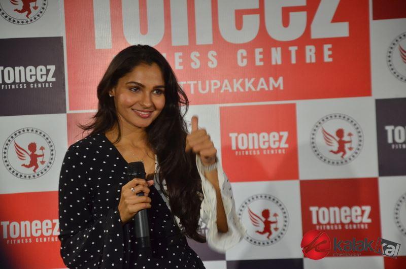 Actress Andrea Jeremiah launches Toneez Fitness Centre