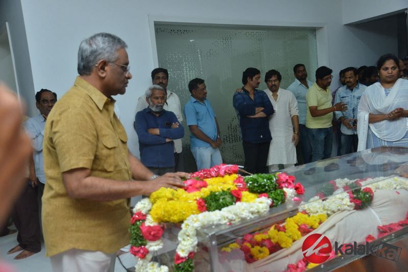 Celebrities Pay Homage To Arundhati Movie Director Kodi Ramakrishna