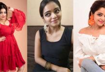 Actress Janani Iyer Stills