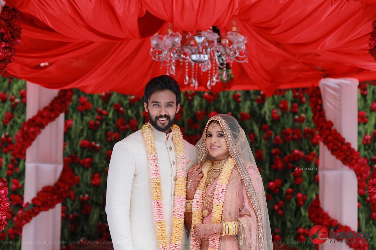 Actor Arav and Actress Raahei Wedding Photos