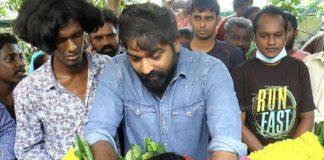 Vijay Sethupathi Pay Last Respect to Vadivel Balaji