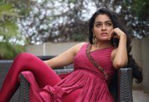 Actress Gayathri Glamour Photos
