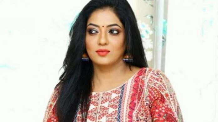 Bigg Boss Reshma in Modern Photos