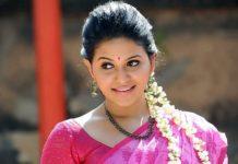 Actress Anjali Photos in Saree