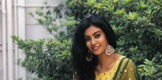 Actress roshni latest photo