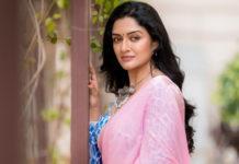 Actress Vimala Raman New Photos