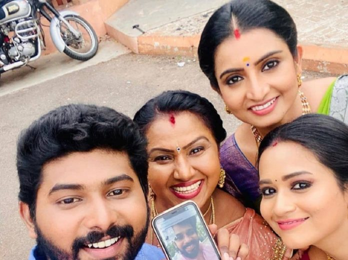 Kathir Video Call With Pandian Stores Actors